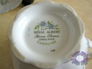 Rhome Around The World England Royal Albert Caroline