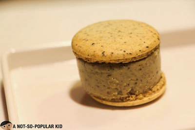 Black Seasame Macaron Ice Cream of Chez Karine