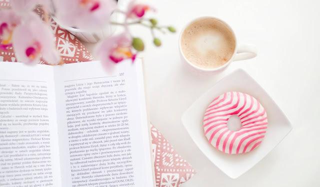 libro_caffè_fiori