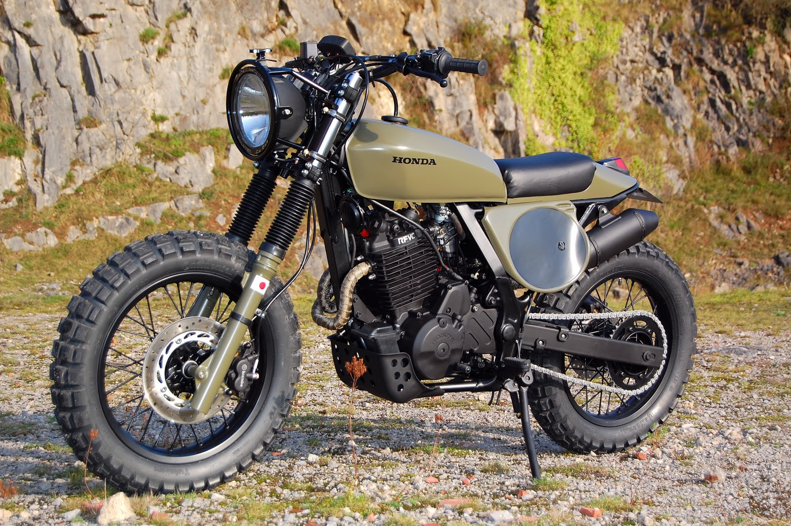 cafe racer special honda nx 650 dominator street tracker scrambler. Black Bedroom Furniture Sets. Home Design Ideas