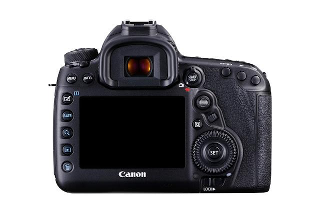 Il dorso della Canon EOS 5D Mark IV