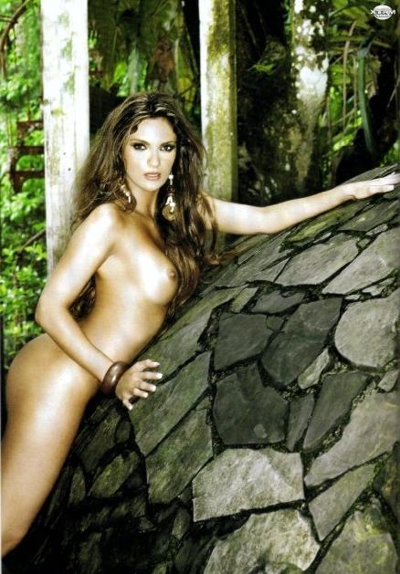 Mariana Seoane desnuda H Extremo Octubre 2007 [FOTOS]-1