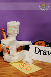 Bendable Mummy Craft/Verb Activity