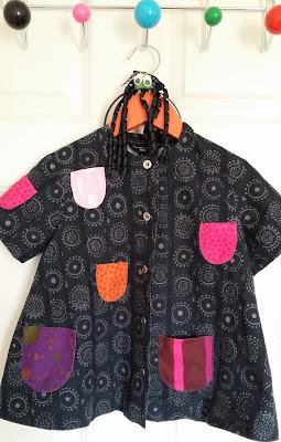 iloinen takki, lasten iloinen takki, marimekko, retro marimekko, hämähäkkipanta, ovenpäällysnaulakko