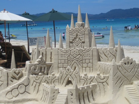 Top 10 Amazing Sand Castles in the Philippines