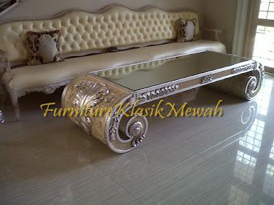 sofa tamu ukiran jati jepara klasik modern duco putih emas silver,furniture klasik mewah,jual mebel jepara011,toko jati,JUAL MEBEL JEPARA,AIFURINDO,MEBEL UKIRAN JEPARA,MEBEL KLASIK,MEBEL DUCO,MEBEL FRENCH,MEBEL KLASIK JEPARA,MEBEL JATI JEPARA KLASIK MODERN.