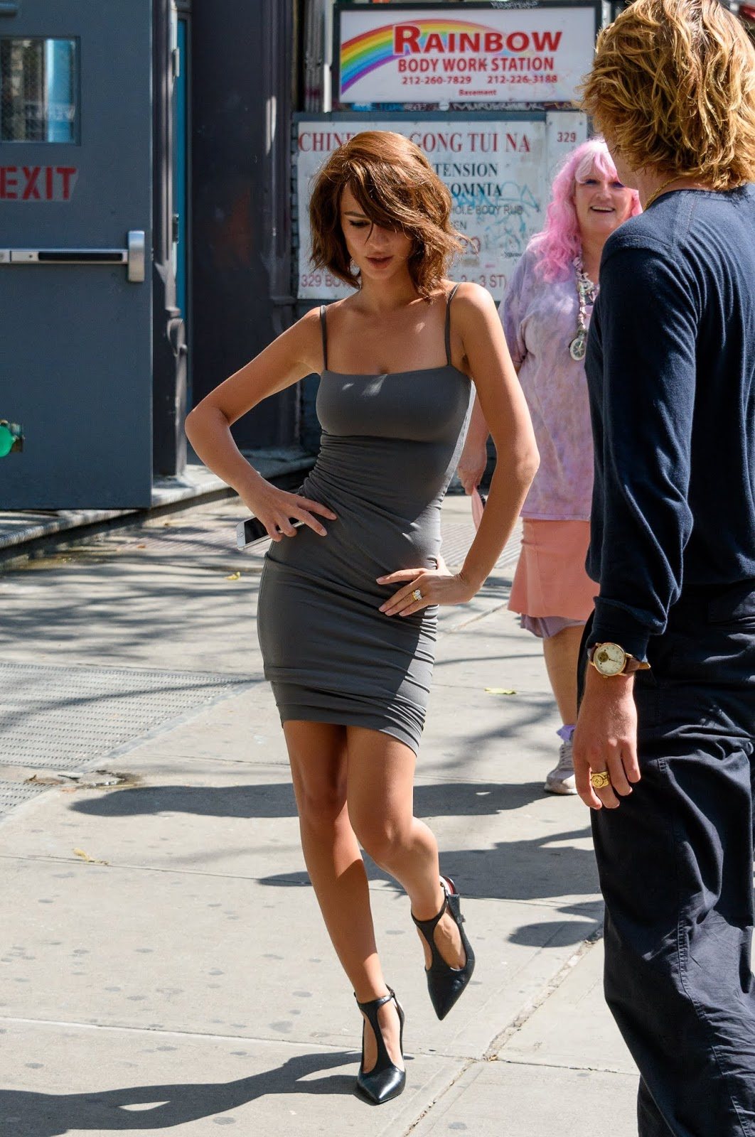 Emily Ratajkowski spotted during a photoshoot at The Bowery Hotel in NYC 08/01/2018