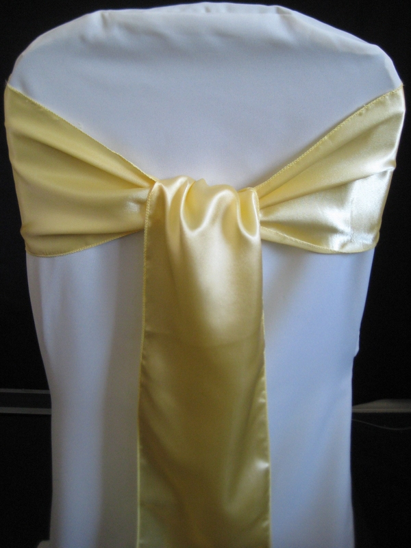 chair covers and bows ebay gold chiavari chairs party hardy blog how to the right way tie a sash
