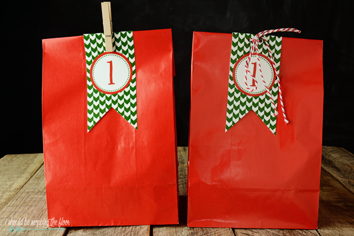 Free Printable Countdown Bag Tags | The perfect way to dress up your Advent/countdown-to-Christmas bags! | Instant & easy downloads