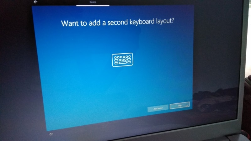 adding second keyboard while installing windows 10