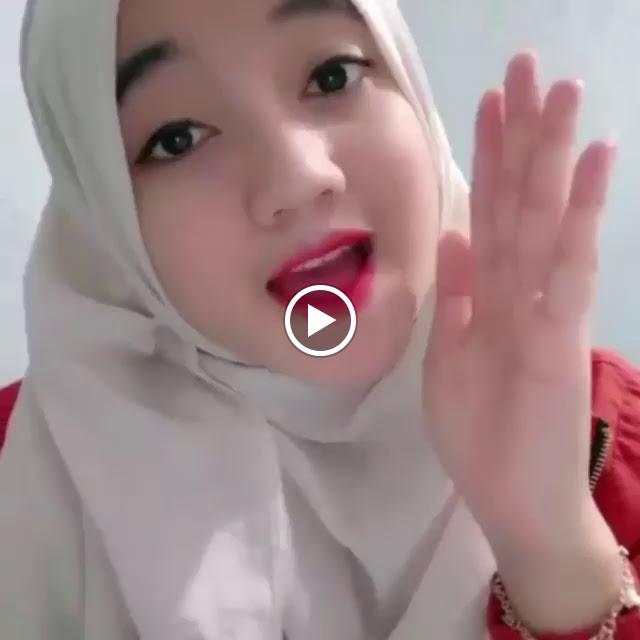 Hijaber Smile Very Beautiful