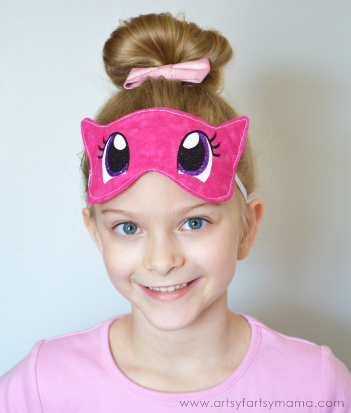 DIY My Little Pony Eye Mask at artsyfartsymama.com