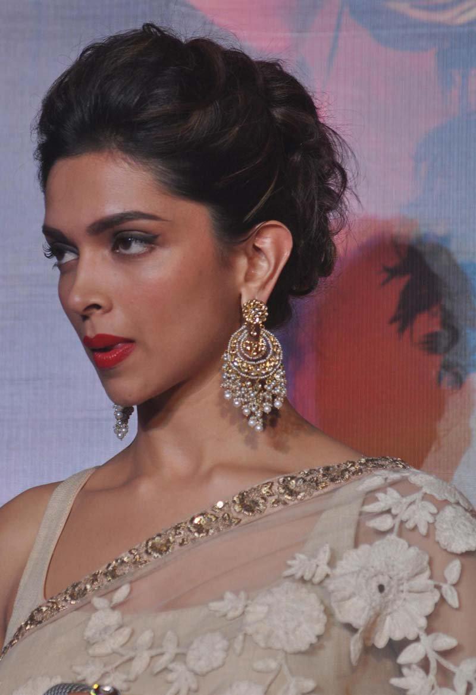 Deepika Padukone Latest Hot Stills At Ramleela Movie First