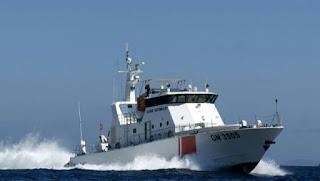 وحدات الحرس البحري تُنقذ مجتازين