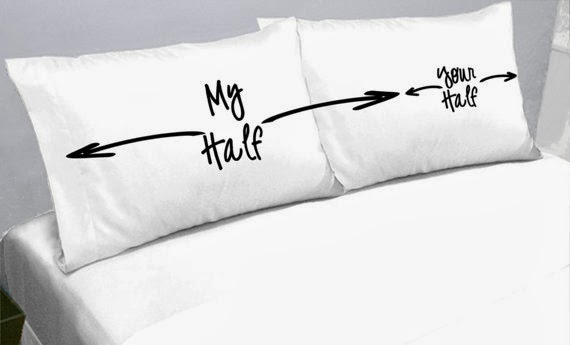 http://www.etsy.com/fr/listing/130282905/my-half-your-half-pillows-pillow-cases?ref=sr_gallery_2&ga_search_query=my+side+your+side&ga_view_type=gallery&ga_ship_to=FR&ga_search_type=all