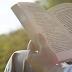 Αστείο Βίντεο: Προσπαθείς να διαβάσεις και δεν σε αφήνουν οι ενοχλητικοί ήχοι; Υπάρχει λύση