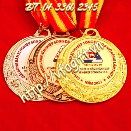 đúc huy chương bằng kim loại,đúc nổi logo lên huy chương,in dây huy chương theo yêu cầu