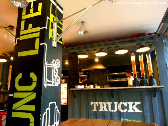 MAKATI CITY | TRUCK @JUNCTION HOSTELS