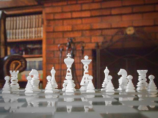 Awesome and Coolest Chess Sets (15) 4
