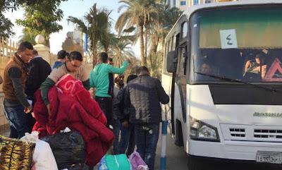 Centenas de cristãos saem do Egito após ataques dos terroristas muçulmanos do EI