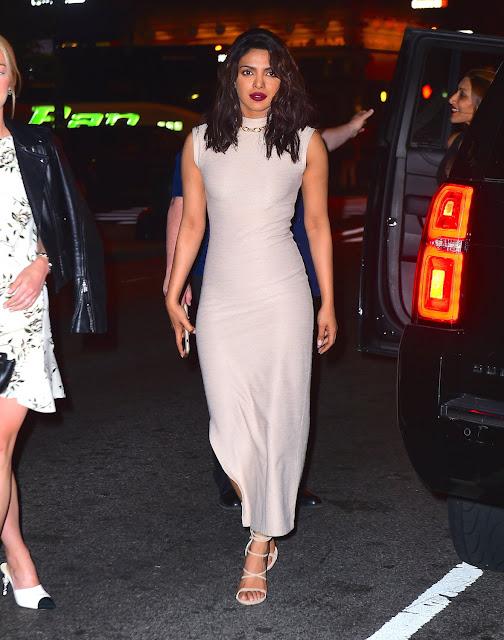 Priyanka Chopra Looks Sexy