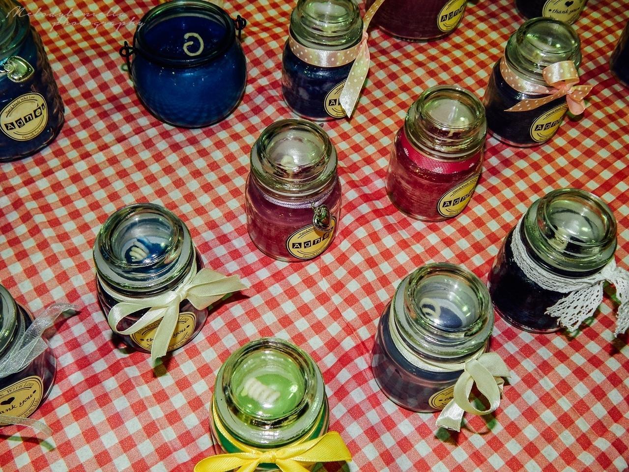 pomysł na prezent ręcznie robione świeczki DIY Boże Narodzenie jarmark świąteczny