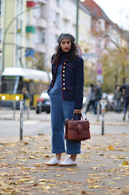 berlin, berlin street style, what to wear in berlin, how to style overalls like a grownup, chic street style, Fall in Europe, Fall street style