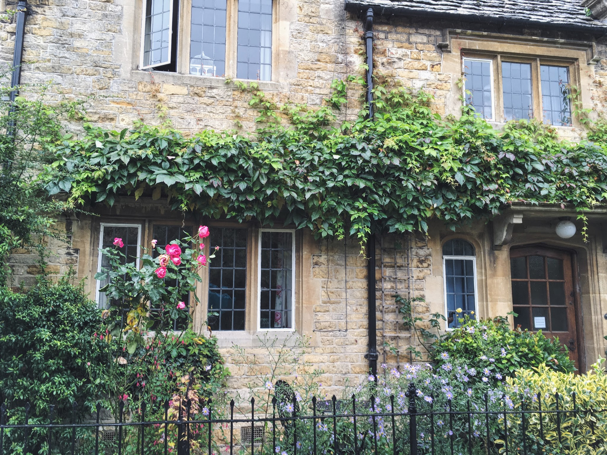 Pretty cottage in Bourton-on-the-Water, Cotswolds