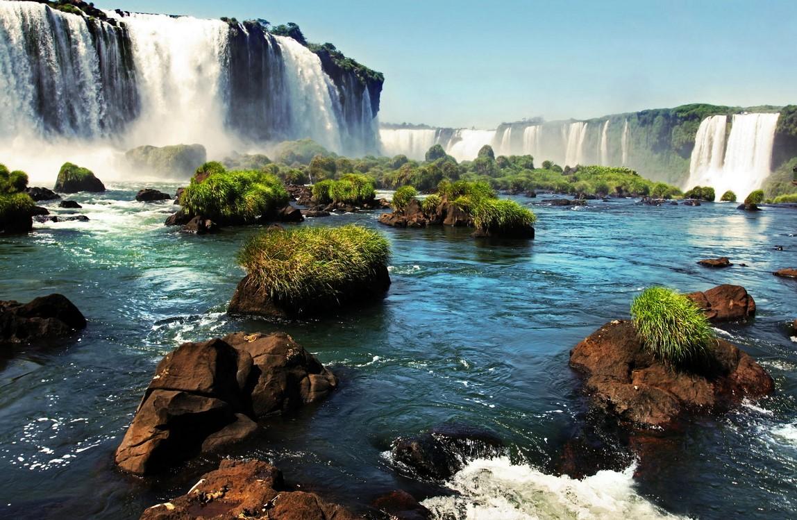 Iguazu Falls Brazil Wallpaper Let S Travel The World Iguazu Falls A Natural Wonder