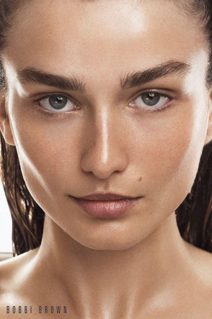 Bobbi Brown Cosmetics Fall/Winter 2017 Campaign