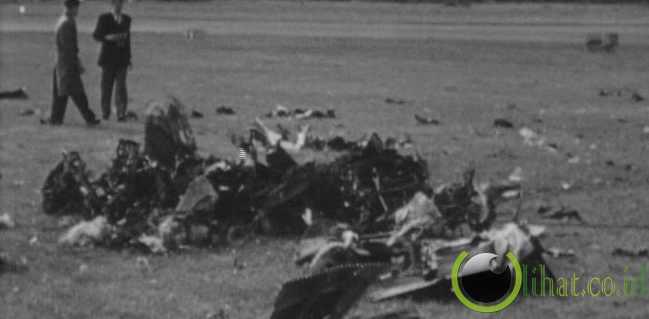 Tragedy pesawat Farnborough, 6 September 1952 inggris