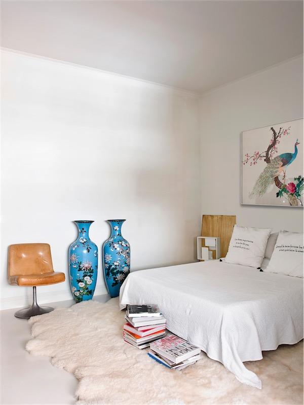 dormitorio con piezas vintage y antiguedades asiaticas chicanddeco