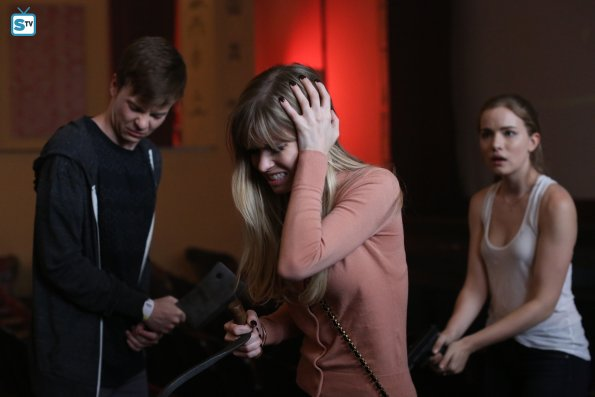 Scream - Episode 2.12 - When a Stranger Calls (Season Finale) - Promotional Photos, Promo, Sneak Peek & Synopsis