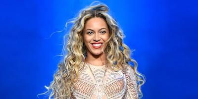 Beyonce is SLAYINGGG Pregnancy! (Photos)