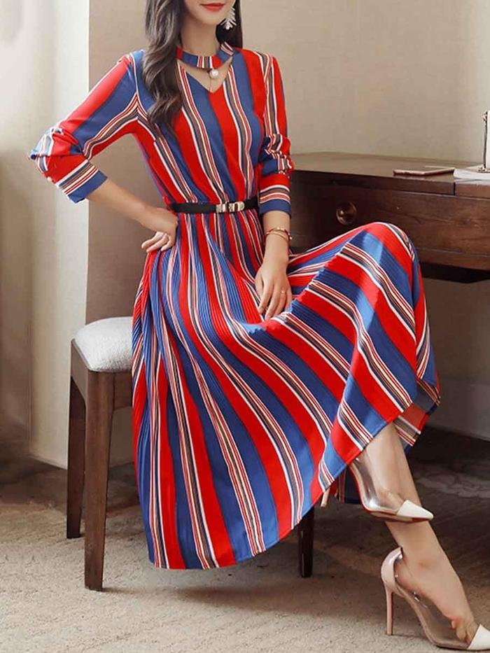 https://www.fashionmia.com/Products/round-neck-cutout-vertical-striped-belt-midi-skater-dress-209025.html