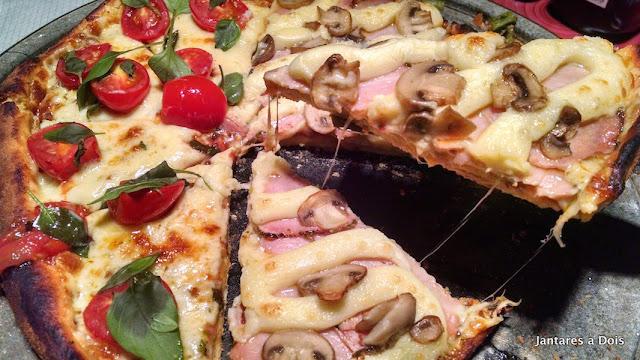 Pizza Margherita e Lombo com Catupiry