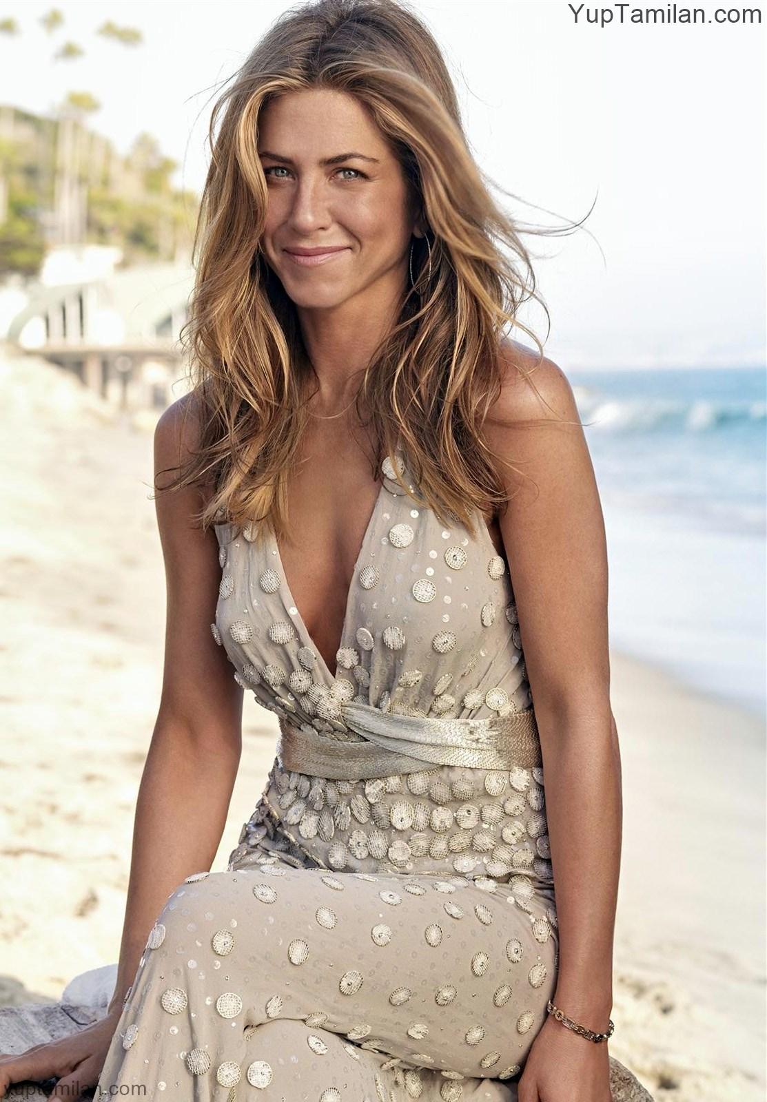 Jennifer-Aniston Sexy-Bikini-Pictures-Hot-HD-Photoshoot