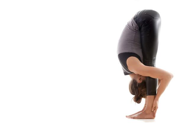 Bài tập Yoga cho lưng và vai tuyệt vời hơn cả massage