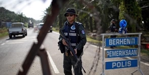 Selebriti Taiwan Berani Mati Bongkar Sikap Rasuah Polis Malaysia di Rancangan TV Popular