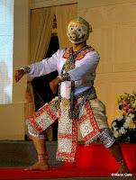 TEATRO DANZA KHON. COMPAÑÍA DEL TEATRO NACIONAL DE TAILANDIA. BANGKOK