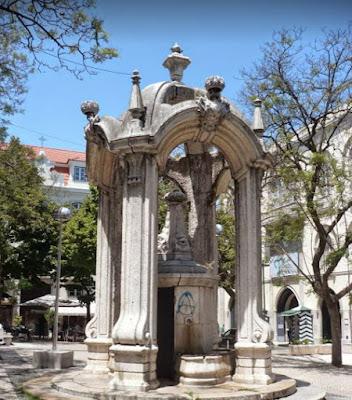 Fontana nel barrio Alto