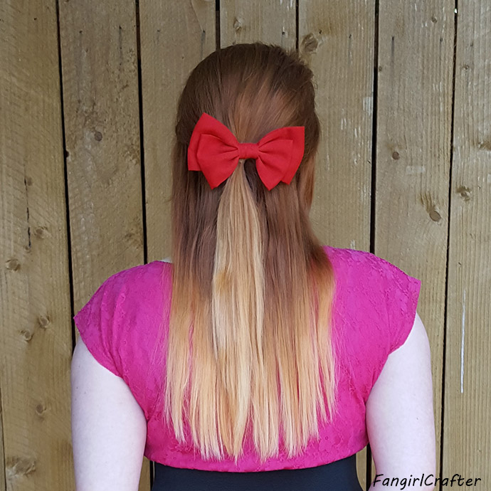 Casual Cosplay Connections: Blossom from The Powerpuff Girls