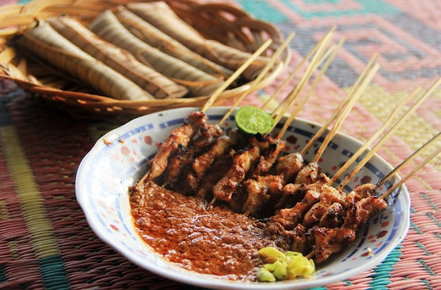 3 Typical Satay Lombok, culinary Taste a thousand Awesome!