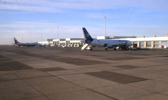 Близько 200 українських туристів застрягли в аеропорту Хургади