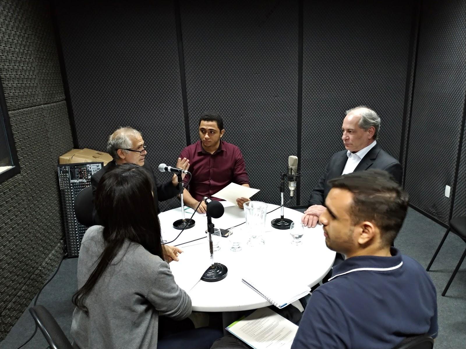 818be7bc55f4b Confira entrevista na integra que o presidenciável Ciro Gomes (PDT)  concedeu para o programa Sala de Redação Especial da Rádio Fortaleza FM  90,7 que vai ao ...
