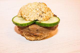 http://sophiessofa.blogspot.com/2016/01/burger-gesund-und-vegetarisch.html