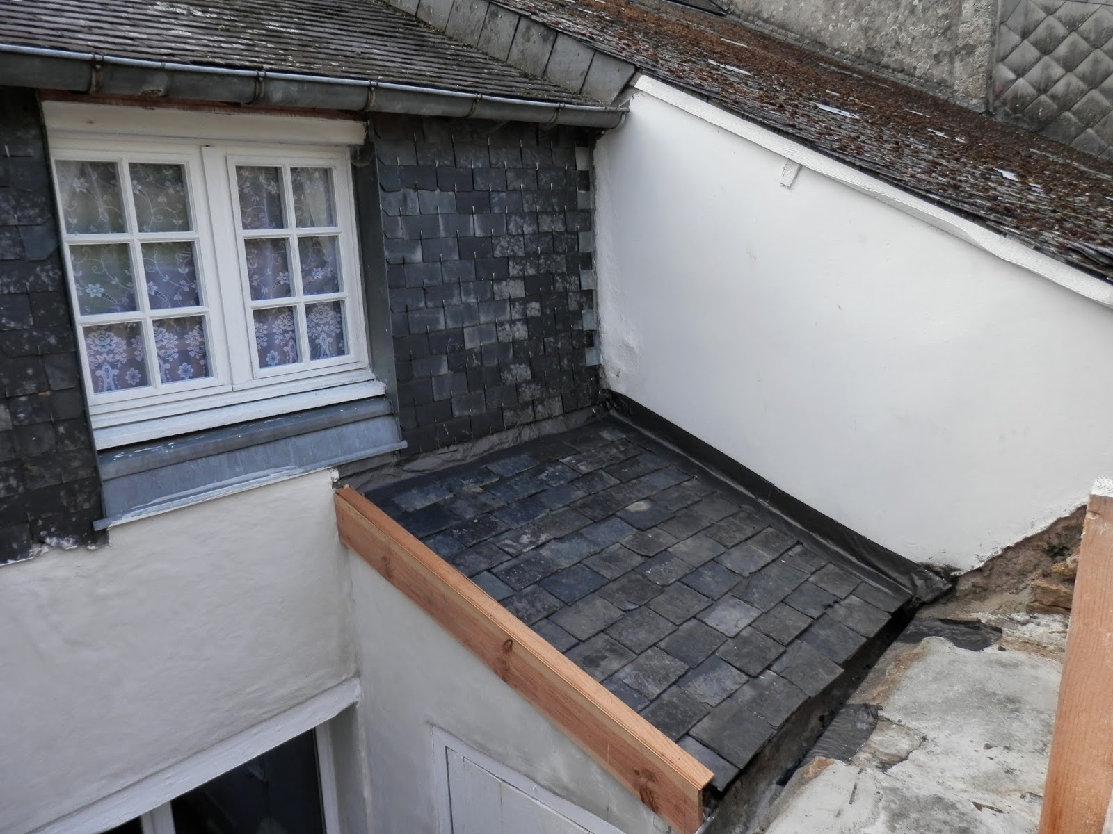 How to replace an asbestos roof, France