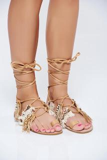 sandale-ce-iti-vor-face-vara-mai-frumoasa4