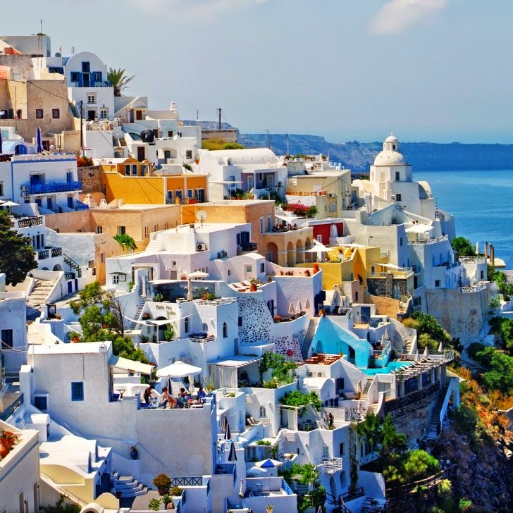 7 – Santorini, (Hellas), Greece - 11 Architectural Places You Should See Even Once in Your Life!