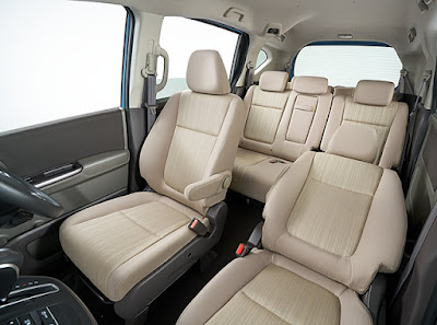 New 2016 Honda Freed MPV interior